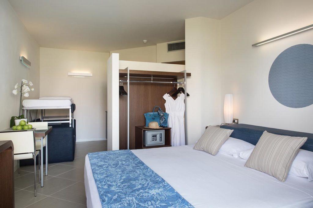 week yoga blu suite hotel